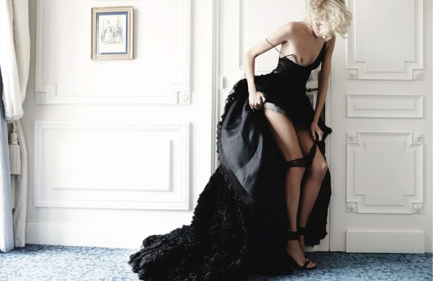 Anja-Rubik-Mario-Testino-Vogue-Germany-2014.12